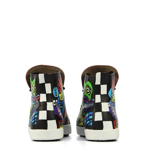 commission for van den assem shoes